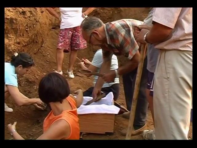 Nueva memoria de la guerra civil española. La filmación de la exhumación de fosas