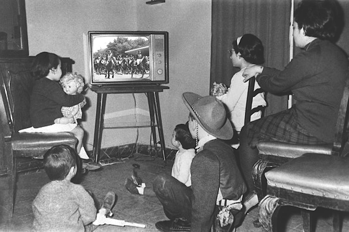 Contra-imagen del humour: Franco en televisión, Franco televisado
